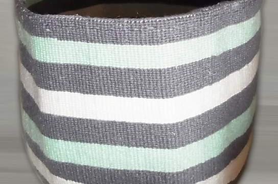 Kiondo-Korb grau-grün-weiss aus Sisal und Wolle