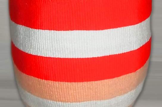 Kiondo-Korb orange-peach-weiss aus Sisal und Wolle
