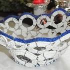 Perlenschale weiss-blau aus Glasperlen und Draht