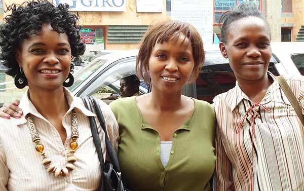 Prexedies Wambua Lehrerin Textilverarbeitung
